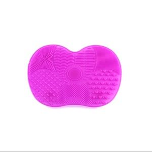 Other - Large Textured Silicone Makeup Brush Cleaning Pad